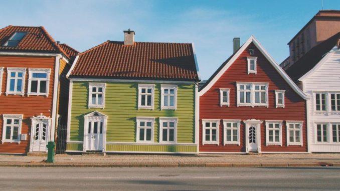 Neighborhood Real Estate Expert
